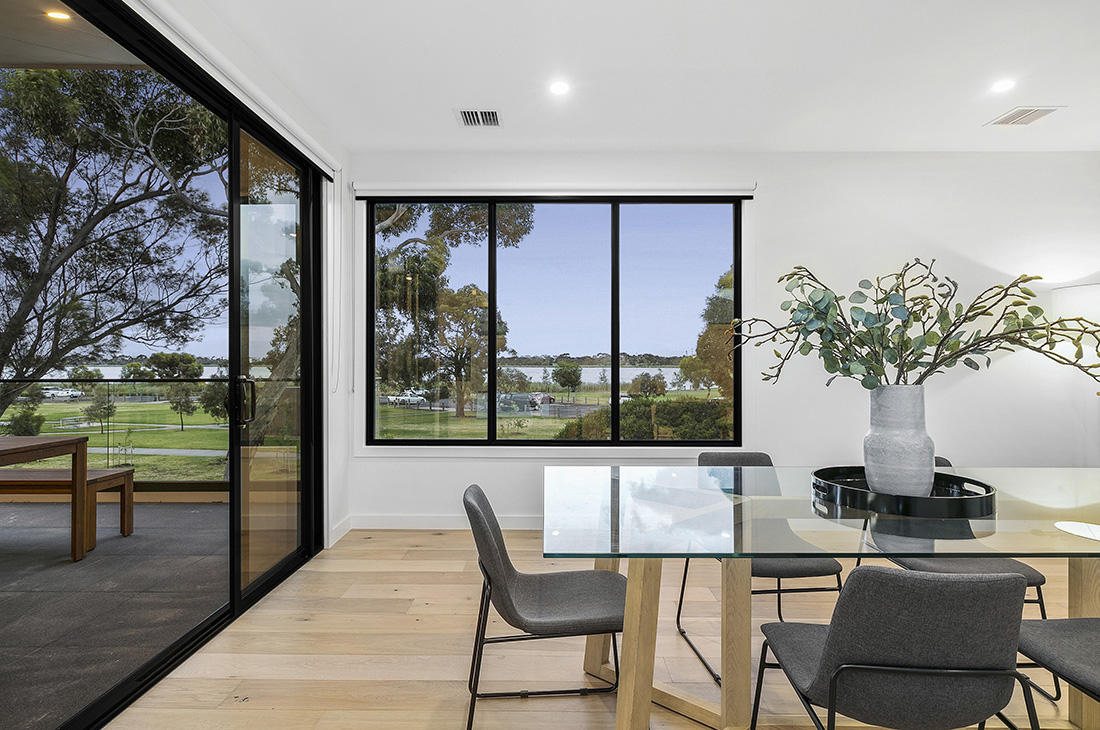 reverse living dining overlooking parkland